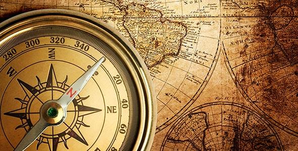 تصویر قطب نما و نقشه قدیمی