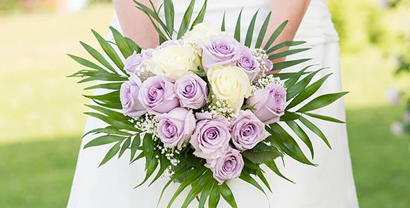 تصویر پس زمینه دسته گل عروسی