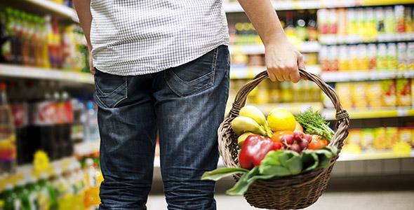 تصویر سبد خرید و مواد غذایی سالم
