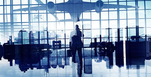 تصویر مرد تاجر در فرودگاه