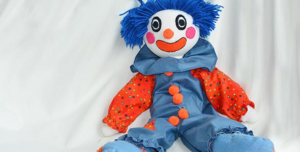 تصویر عروسک دلقک پارچه ای