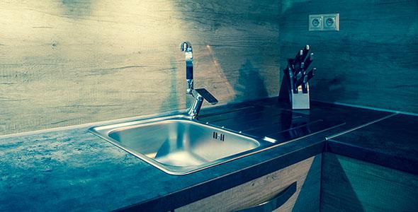 تصویر طراحی مدرن آشپزخانه چوبی