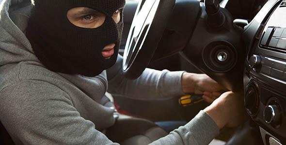 تصویر پس زمینه انسان و دزد ماشین