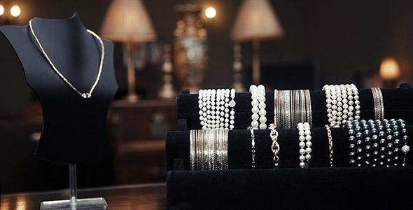تصویر ویترین فروشگاه طلا و جواهرات