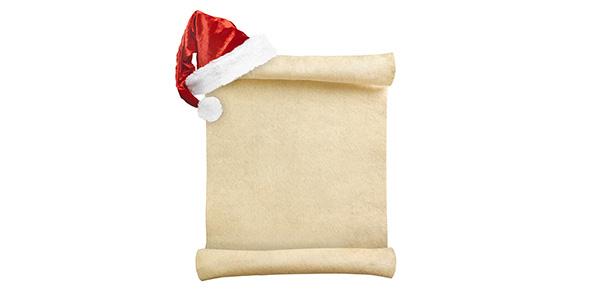 تصویر کاغذ نامه قدیمی و کلاه بابانوئل