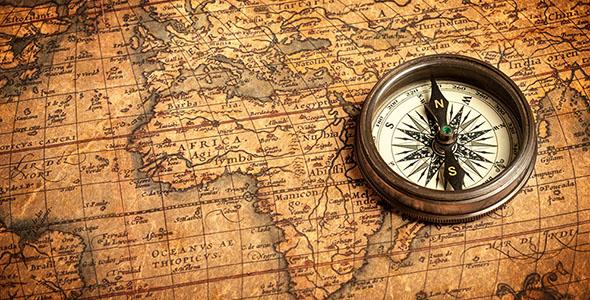 تصویر نقشه قدیمی با قطب نما