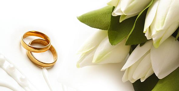 تصویر پس زمینه حلقه و دسته گل عروسی