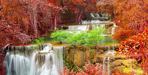 تصویر پس زمینه منظره آبشار و فصل پاییز