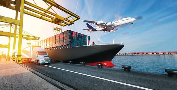 تصویر هواپیما و کشتی با مفهوم حمل و نقل