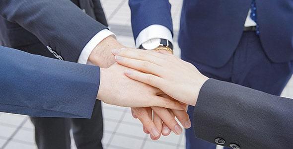 تصویر پس زمینه با مفهوم شراکت در تجارت