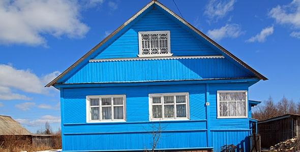 تصویر پس زمینه نمای بیرونی خانه روستایی آبی