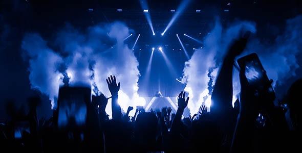 تصویر پس زمینه مردم در کنسرت