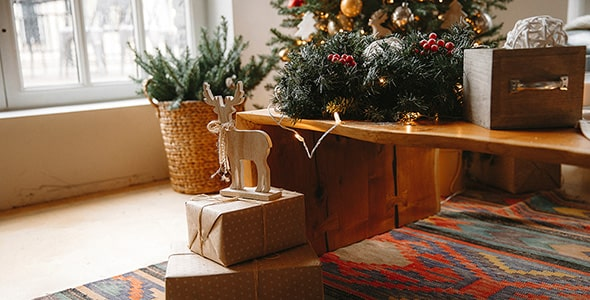 تصویر اتاق با دکوراسیون و تزیینات کریسمس