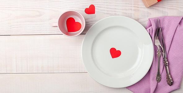 تصویر پس زمینه میز عاشقانه روز ولنتاین